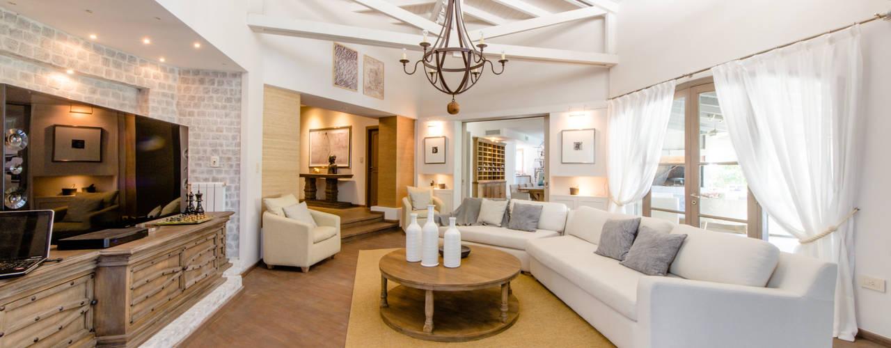 CASA BNG Livings modernos: Ideas, imágenes y decoración de BLOS Arquitectos Moderno