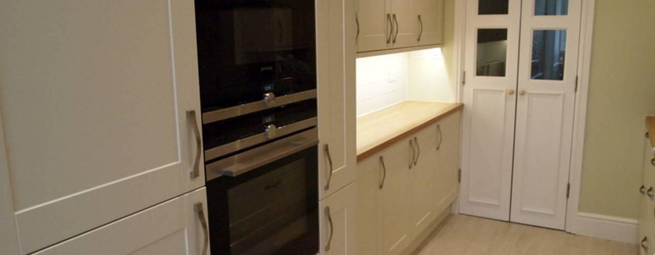 Single Storey Extension Butler Road Harrow Кухня в классическом стиле от London Building Renovation Классический