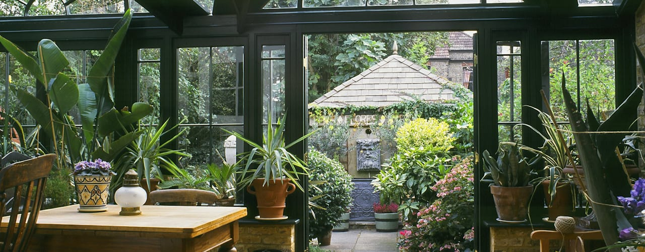 Traditional Conservatory Westbury Garden Rooms Classic style conservatory Wood Green