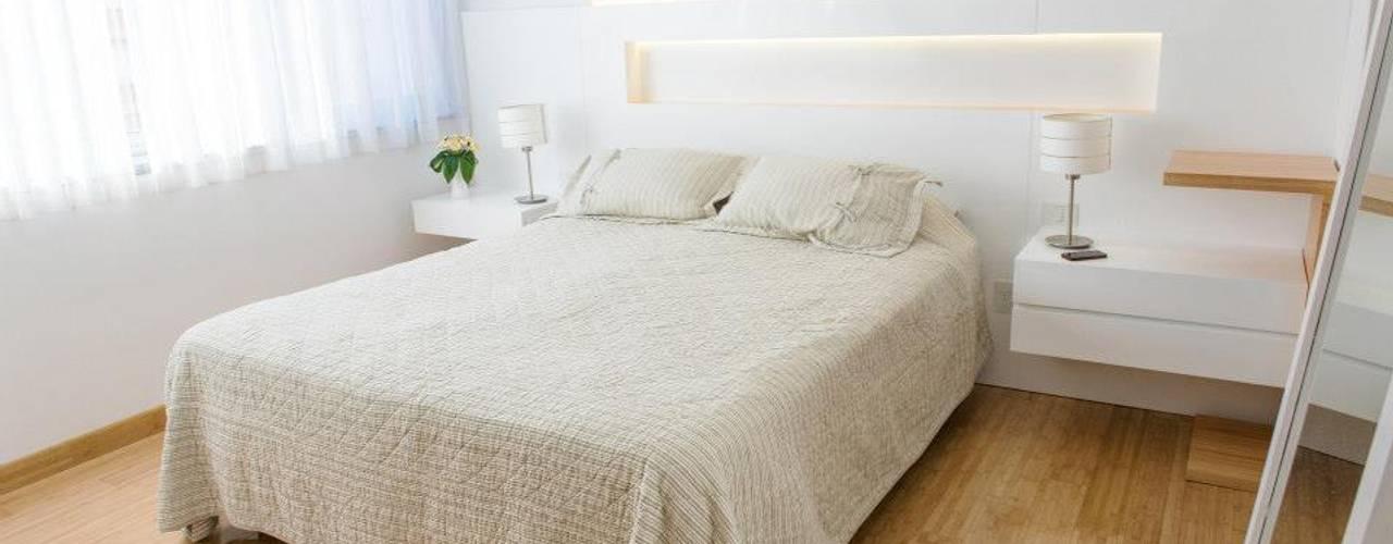 Phòng ngủ phong cách tối giản bởi Trua arqruitectura Tối giản