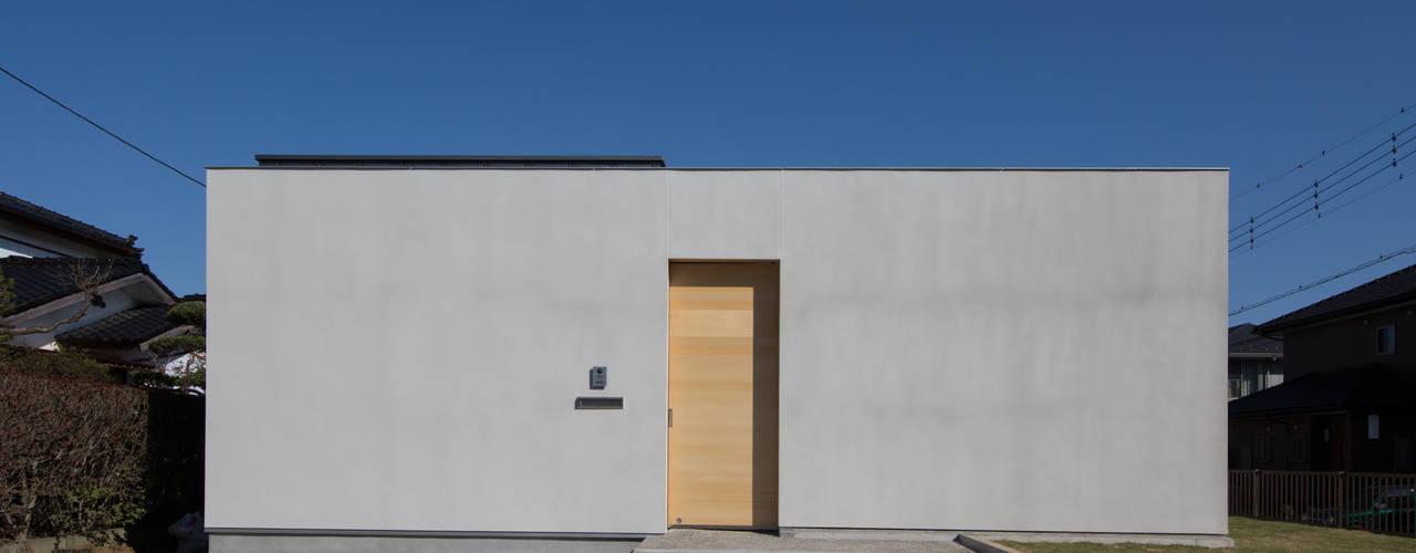 Maisons de style  par アトリエ24一級建築士事務所, Moderne