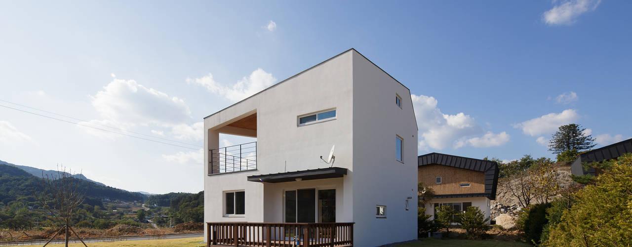 Modern houses by 리슈건축 Modern
