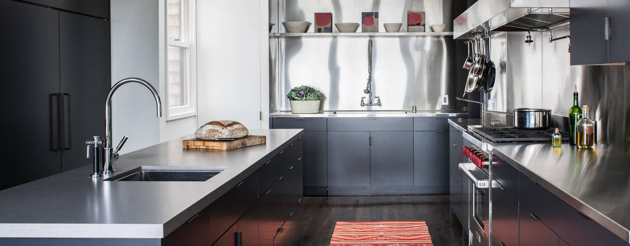 Modern Kitchen by Antonio Martins Interior Design Inc Modern