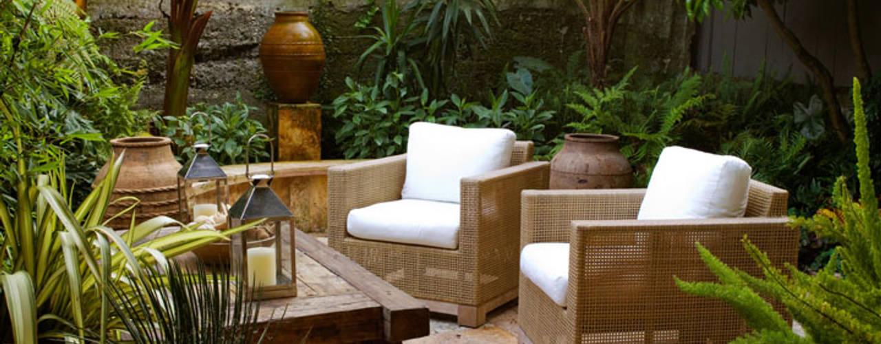 Jardines de estilo  por Antonio Martins Interior Design Inc