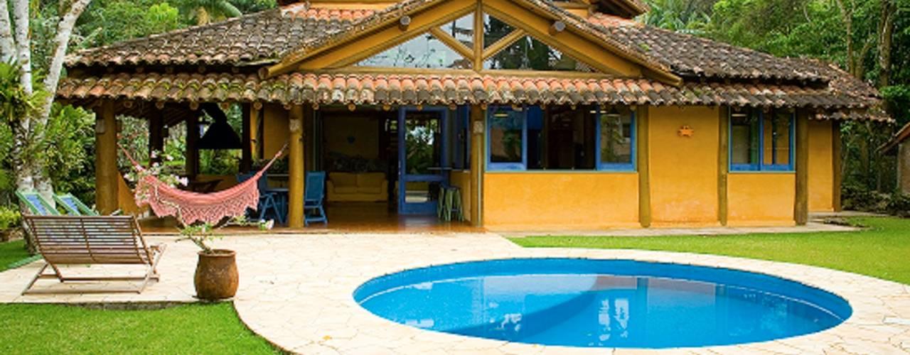 منازل تنفيذ MADUEÑO ARQUITETURA & ENGENHARIA,