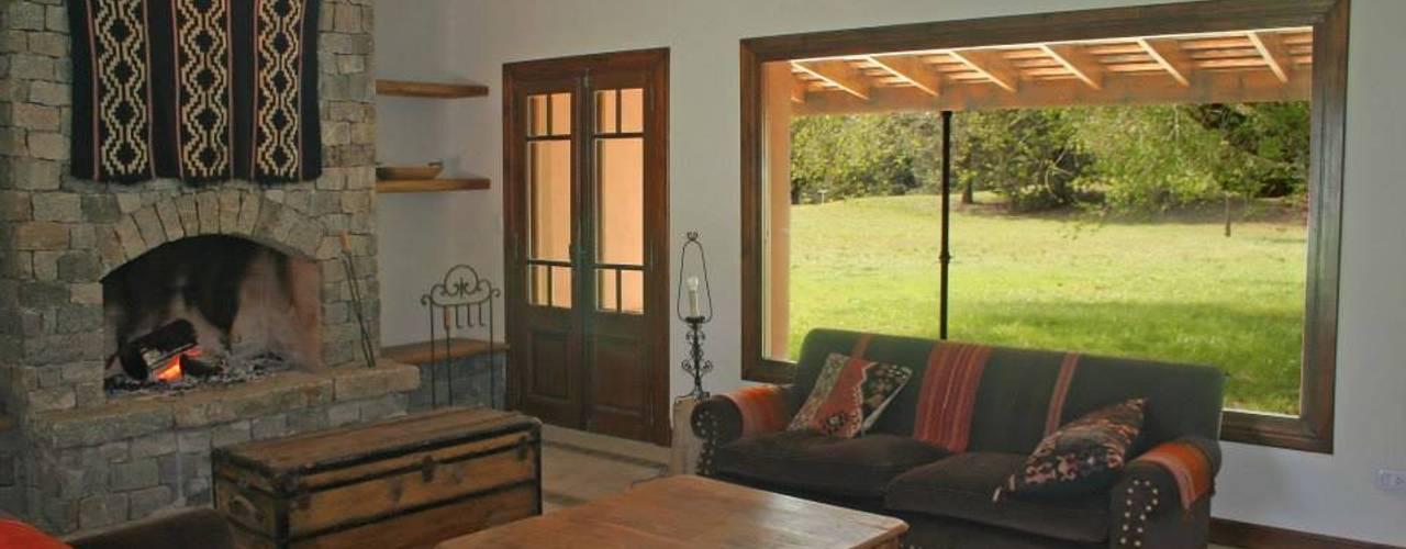 Loo Mapu Salones rurales de Aulet & Yaregui Arquitectos Rural