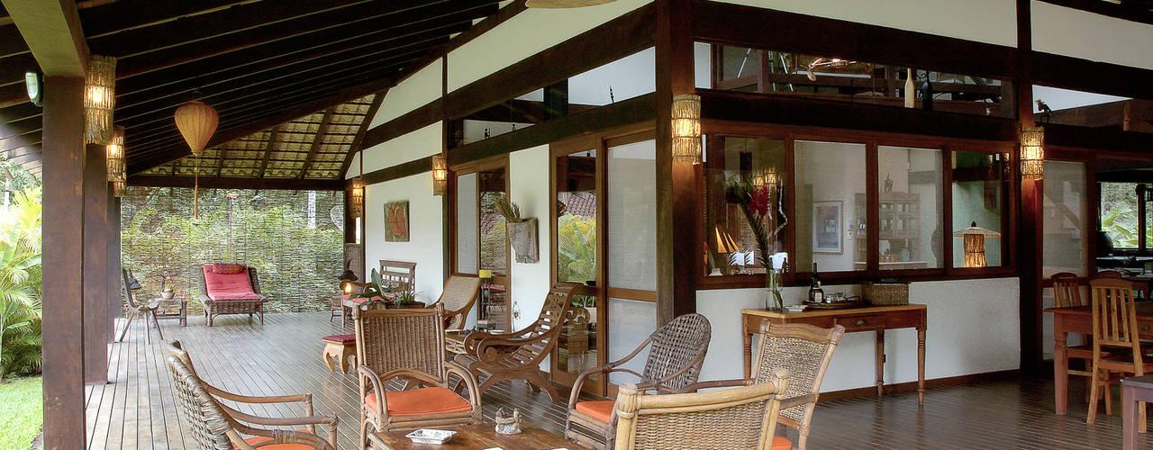 Terrazas de estilo  por Mellani Fotografias, Tropical