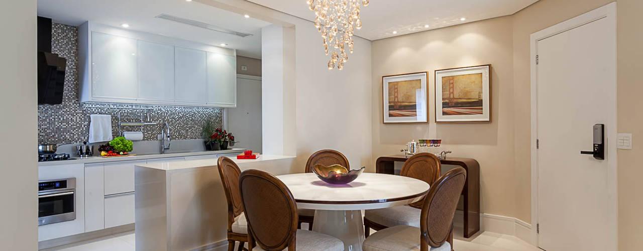 de estilo  de Martins Valente Arquitetura e Interiores, Moderno