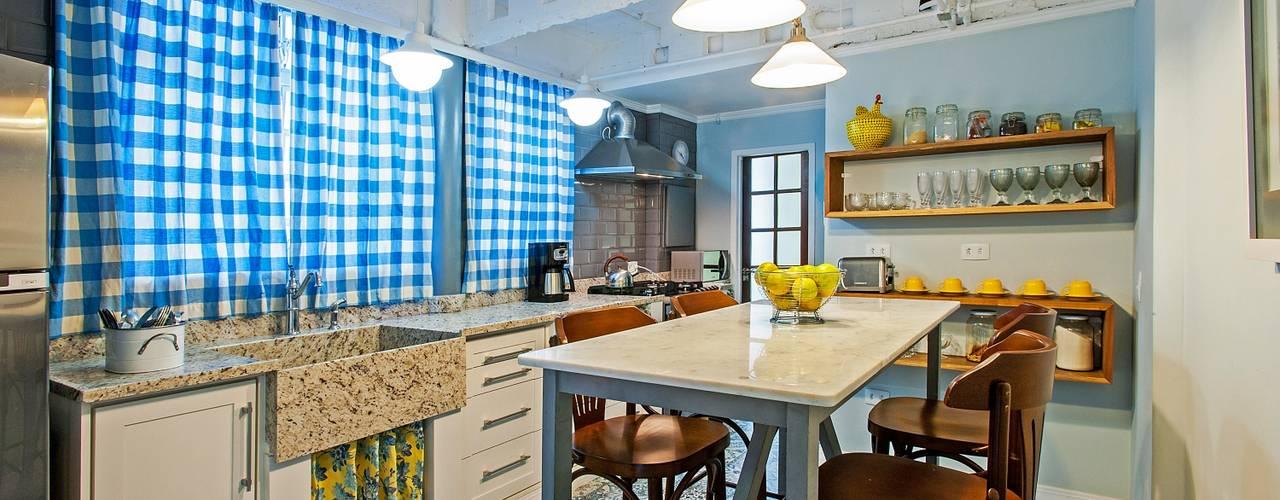 ห้องครัว โดย Studio Boscardin.Corsi Arquitetura,