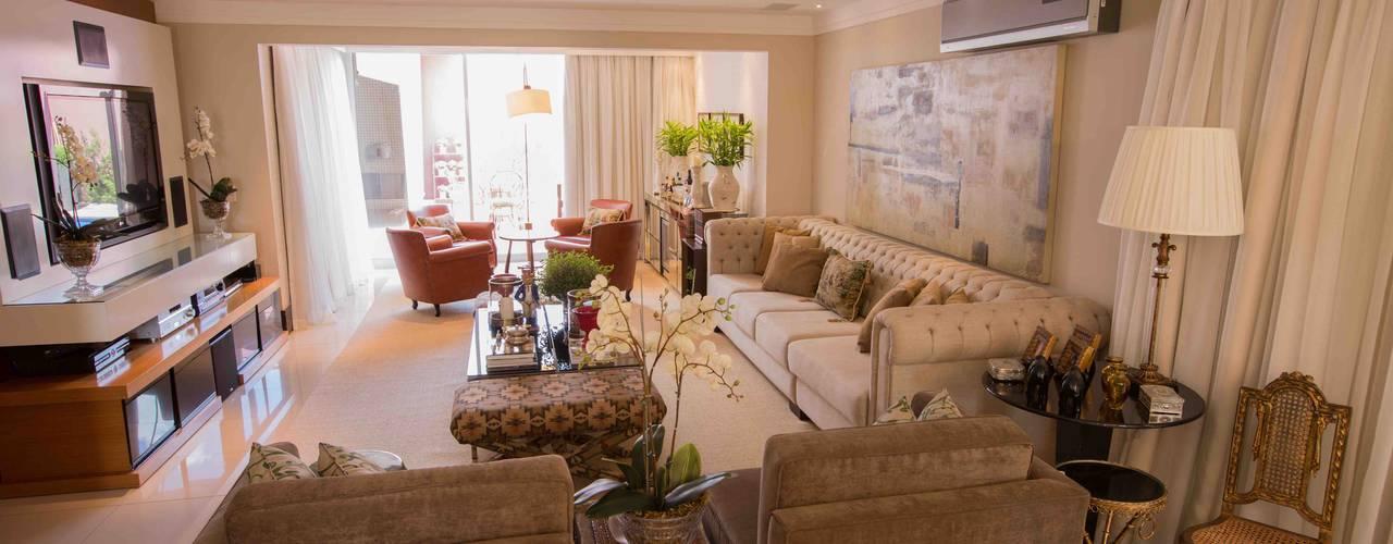 Projekty,  Salon zaprojektowane przez Piloni Arquitetura, Klasyczny