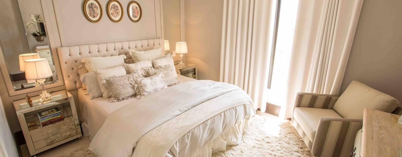 Dormitorios de estilo clásico de Piloni Arquitetura Clásico