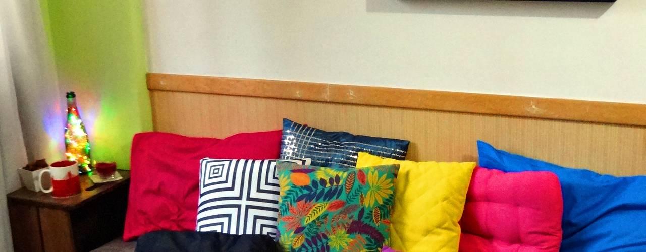 Projeto Remobília - Sofá de Pallets por Camila Feriato Moderno