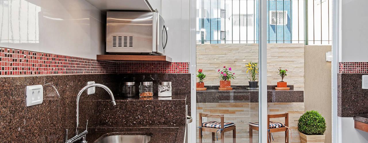 Cocinas de estilo  por Patrícia Azoni Arquitetura + Arte & Design, Tropical