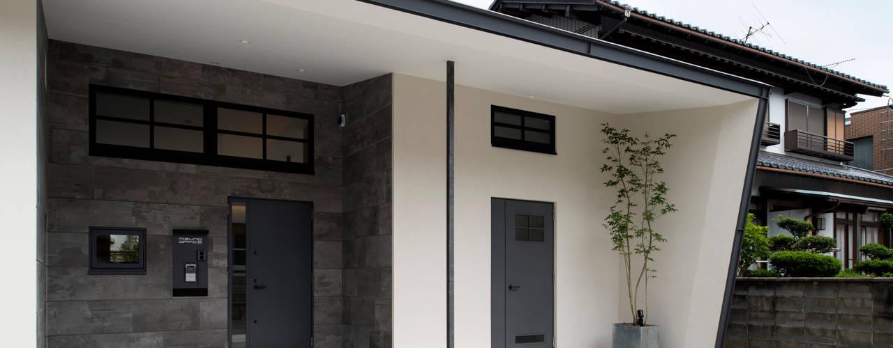 Sakurayama-Architect-Design Modern Houses White