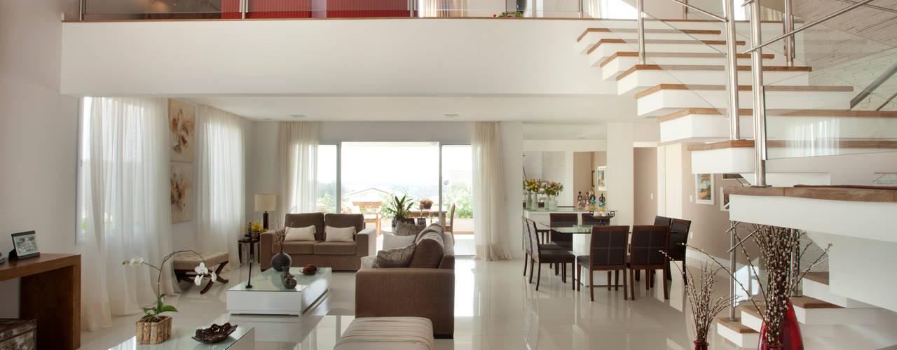 Modern Living Room by Habitat arquitetura Modern