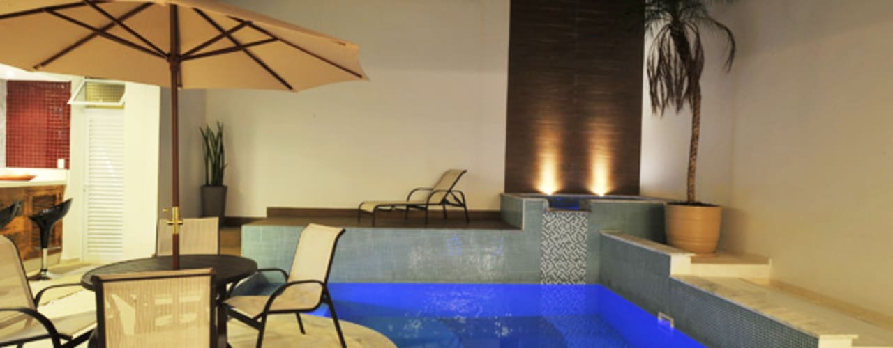 Albercas de estilo moderno por Renato Souza Arquitetura