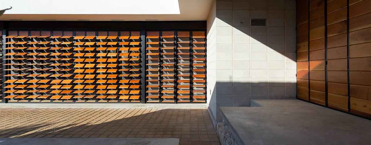 Rumah by Taller Estilo Arquitectura