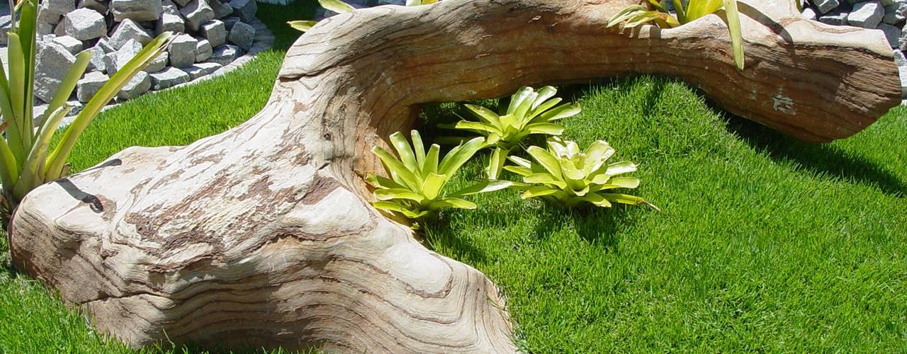 MM NATURSTEIN GMBH Vườn phong cách Địa Trung Hải Cục đá
