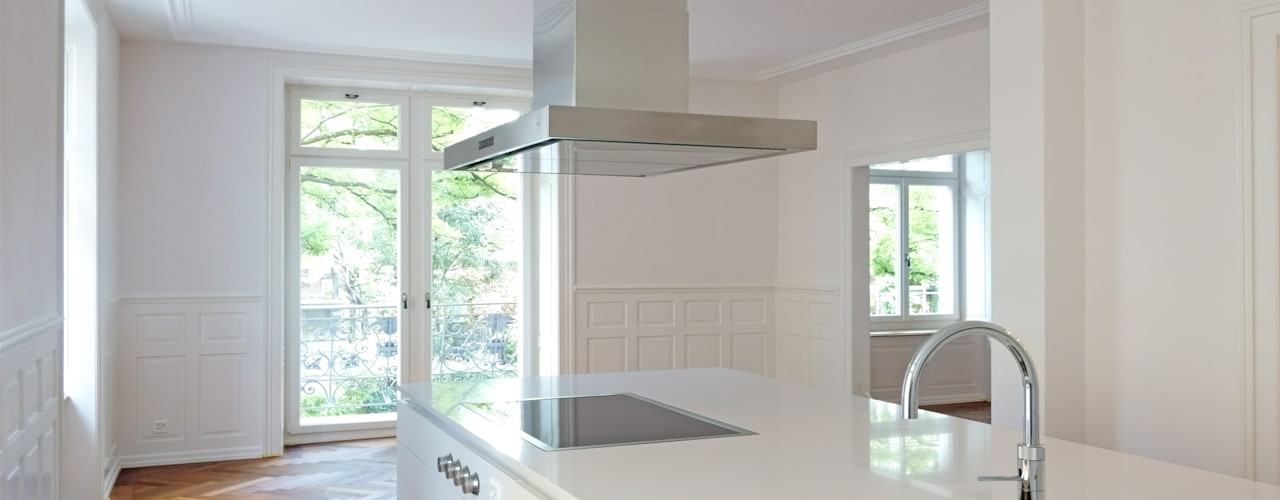 Кухня в классическом стиле от Fastarch Architekturbüro eth/sia Классический