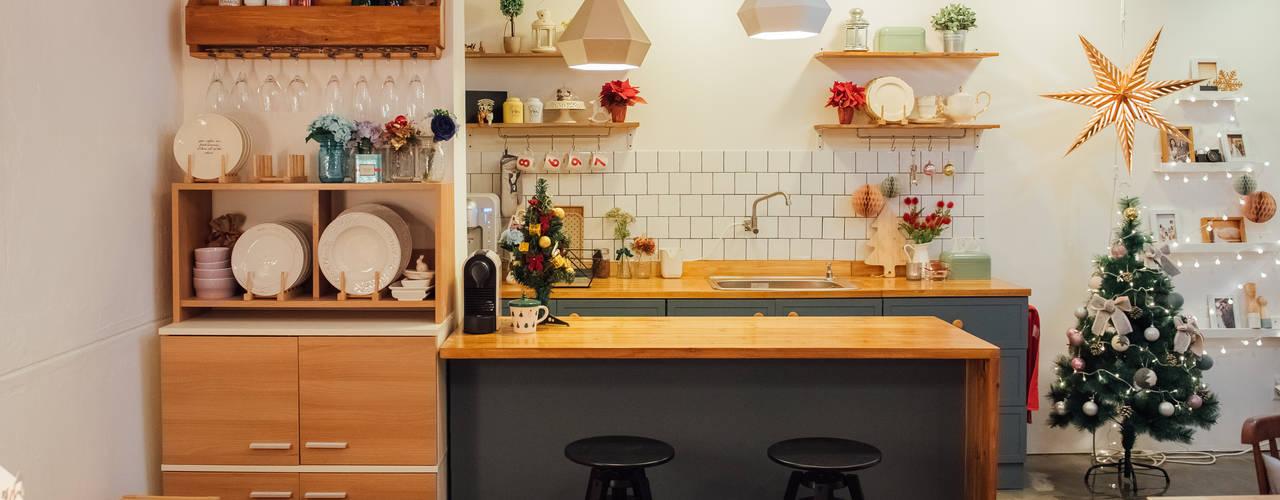 Scandinavian style dining room by 바라다봄 스튜디오 Scandinavian