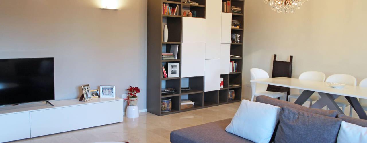 Salas de estar modernas por SuMisura