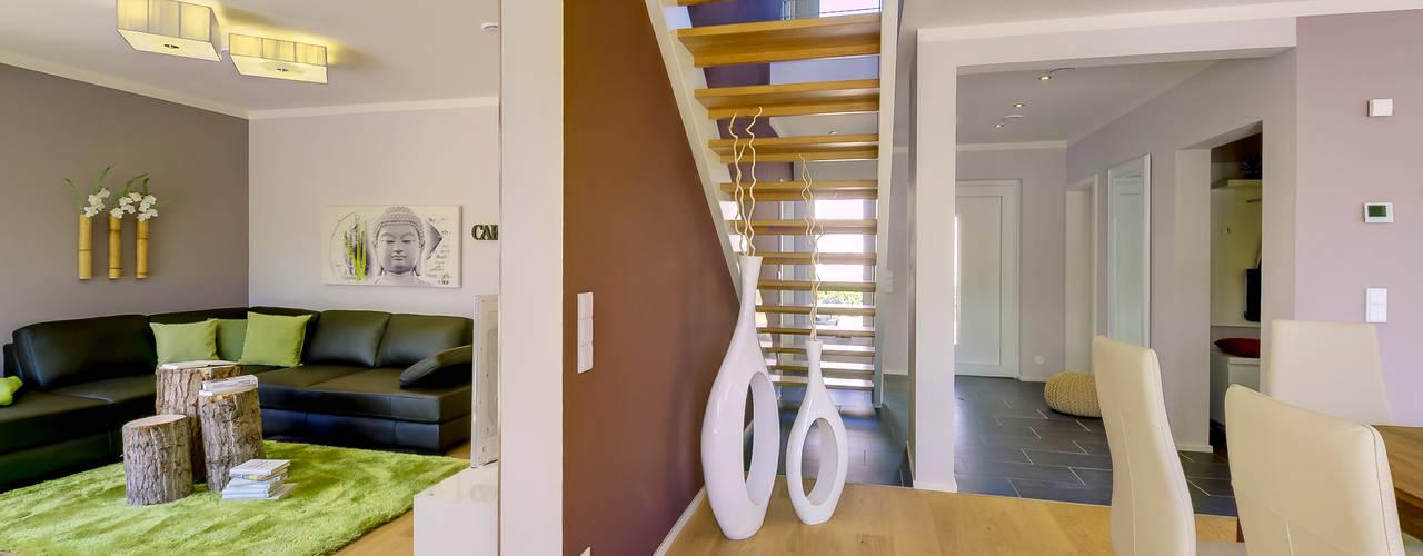 Musterhaus Mannheim 159 Koridor & Tangga Modern Oleh Licht-Design Skapetze GmbH & Co. KG Modern