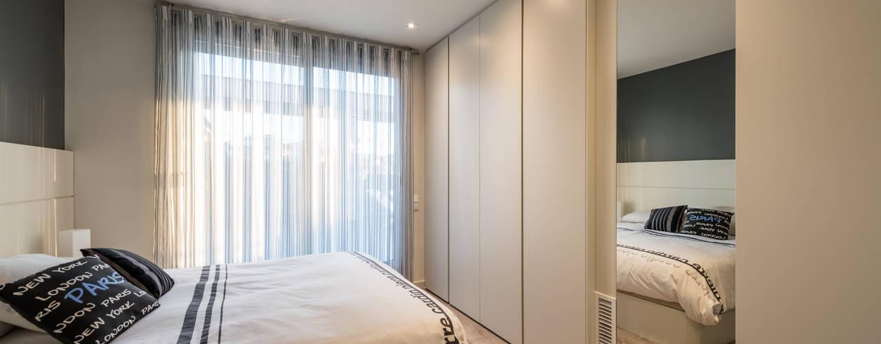 Dormitorios de estilo  por Standal