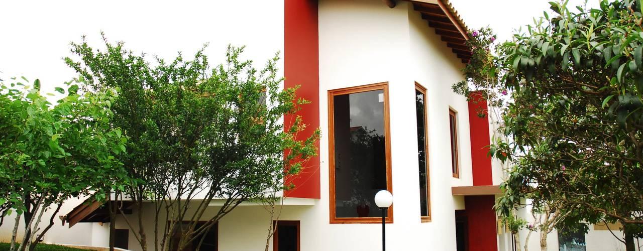 Mônica Mellone Arquitetura Casas de estilo ecléctico