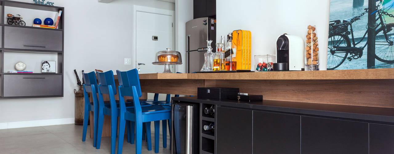 Comedores modernos de Márcio Campos Arquitetura + Interiores Moderno