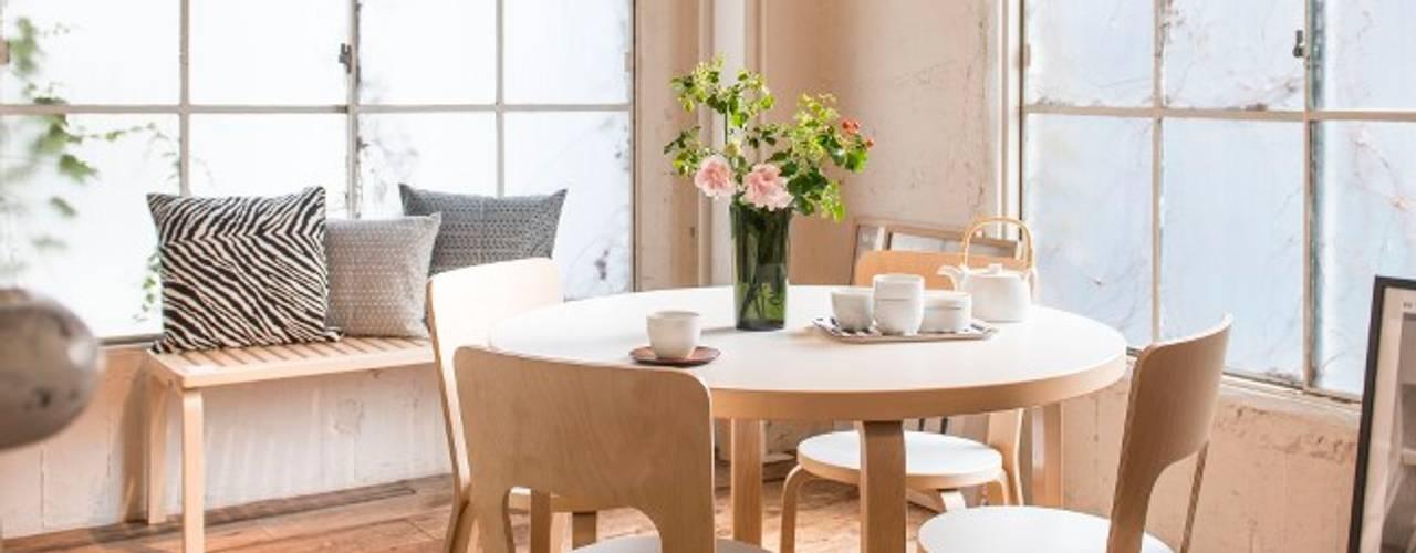 Stühle von HELSINKI DESIGN Skandinavisch