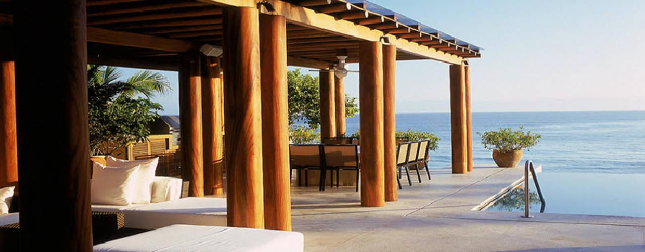 Terrazas de estilo  por José Vigil Arquitectos , Moderno