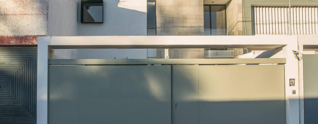 Casas modernas de Alfagrama estudio Moderno