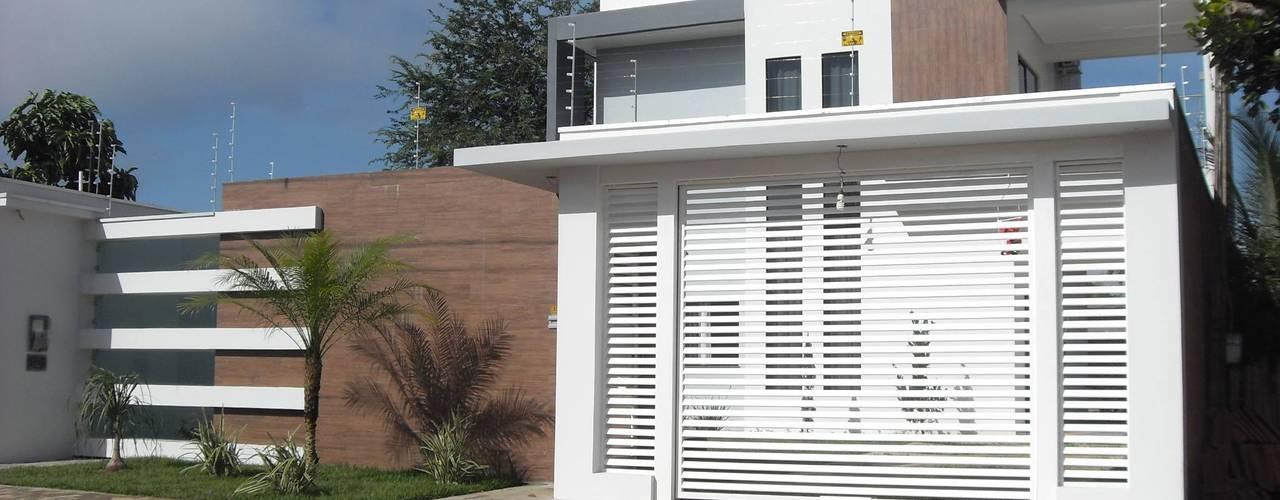 Casas de estilo  por Ricardo Galego - Arquitetura e Engenharia
