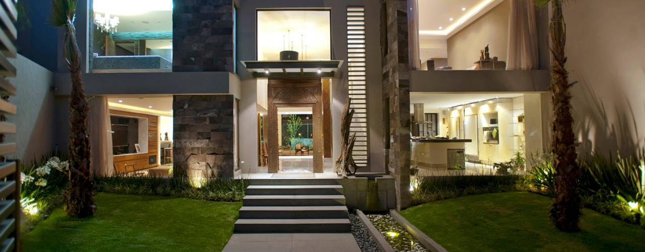 منازل تنفيذ ARCO Arquitectura Contemporánea