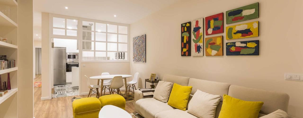 غرفة المعيشة تنفيذ GESTION INTEGRAL DE PROYECTOS DEL NOROESTE S.L.,