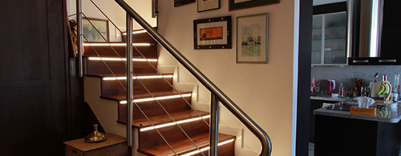 Reforma de vivienda con etiqueta de eficiencia energética A (Gran Alacant, Santa Pola): Pasillos y vestíbulos de estilo  de Novodeco, Escandinavo