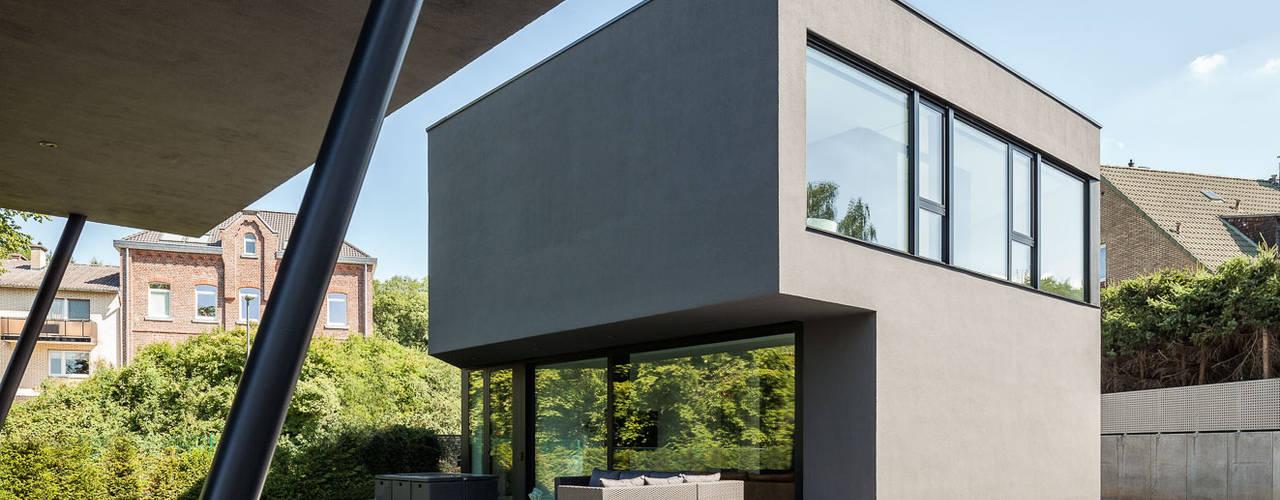 บ้านและที่อยู่อาศัย by ZHAC / Zweering Helmus Architektur+Consulting