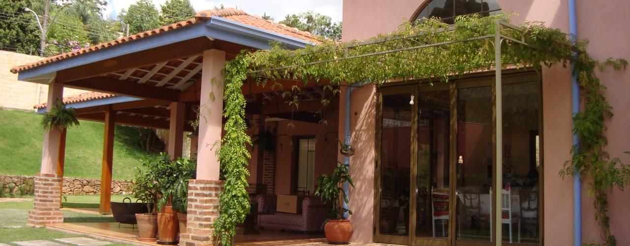 Casas de estilo rural por Bia Maia & Guta Carvalho Arquitetura, Design e Paisagismo