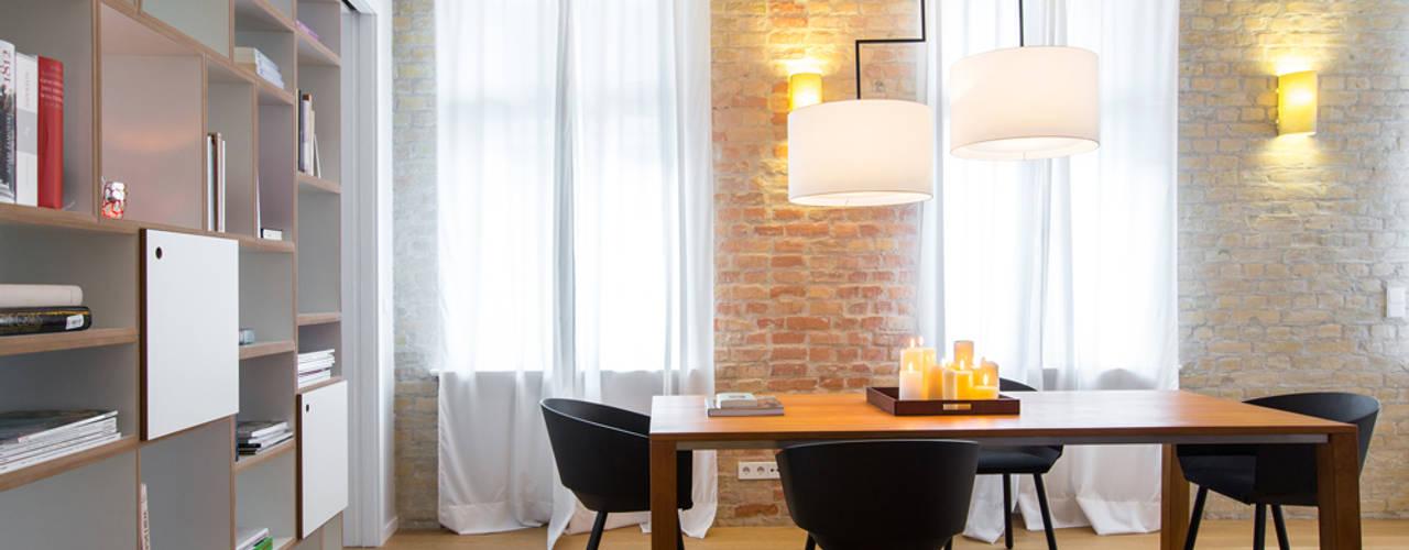 Loft in Berlin Mitte: modern  von CONSCIOUS DESIGN - INTERIORS,Modern