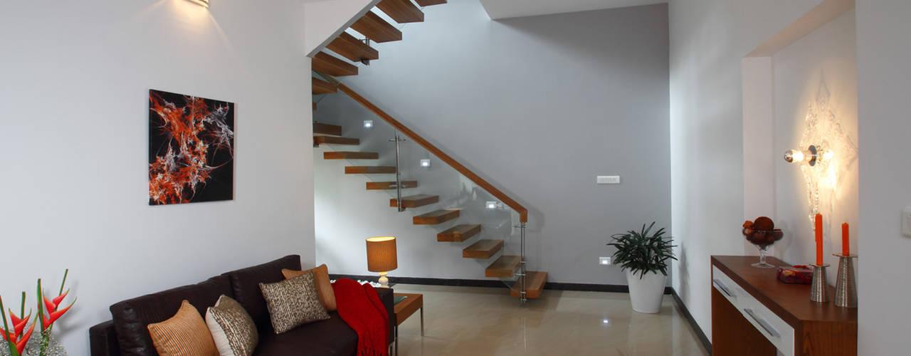 Salas de estilo moderno de Savio and Rupa Interior Concepts Moderno