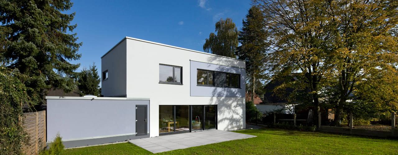 Rumah Modern Oleh puschmann architektur Modern