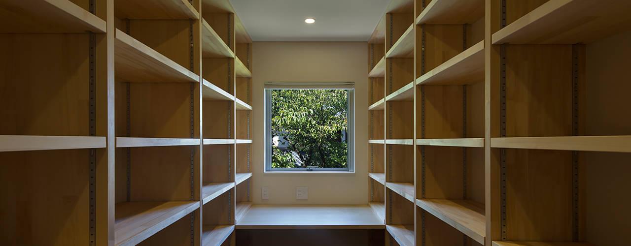 高台の家 モダンデザインの 書斎 の Atelier Square モダン