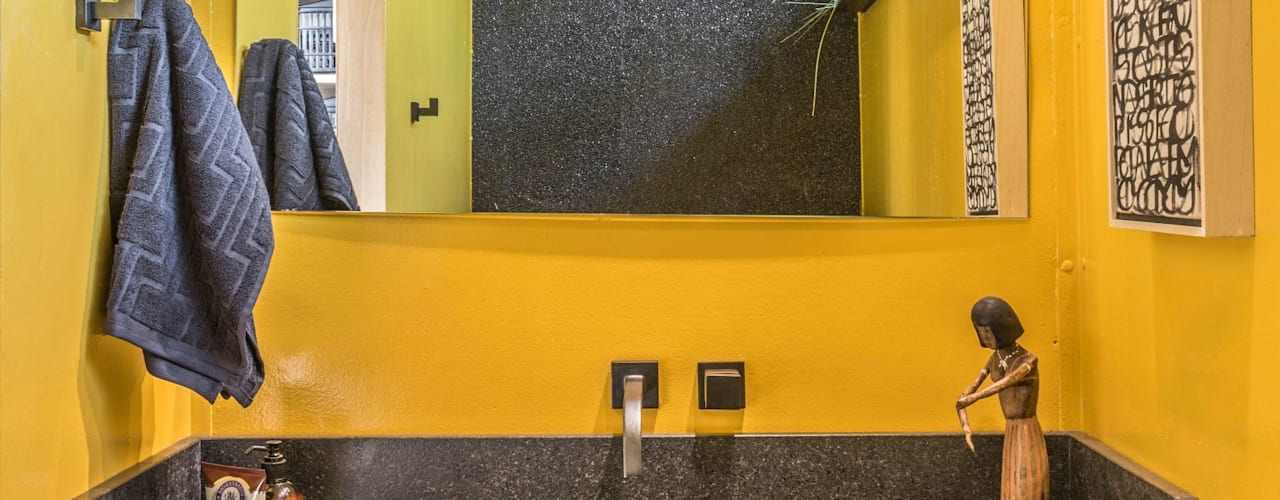 Ванные комнаты в . Автор – MEIUS ARQUITETURA
