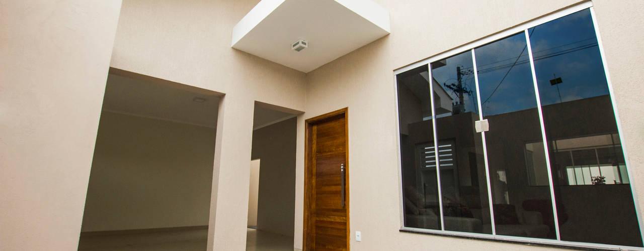 Casas modernas de Arch & Design Studio Moderno