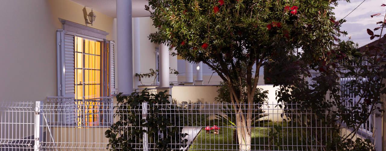 Jardines de estilo  por Pedro Brás - Fotógrafo de Interiores e Arquitectura | Hotelaria | Alojamento Local | Imobiliárias