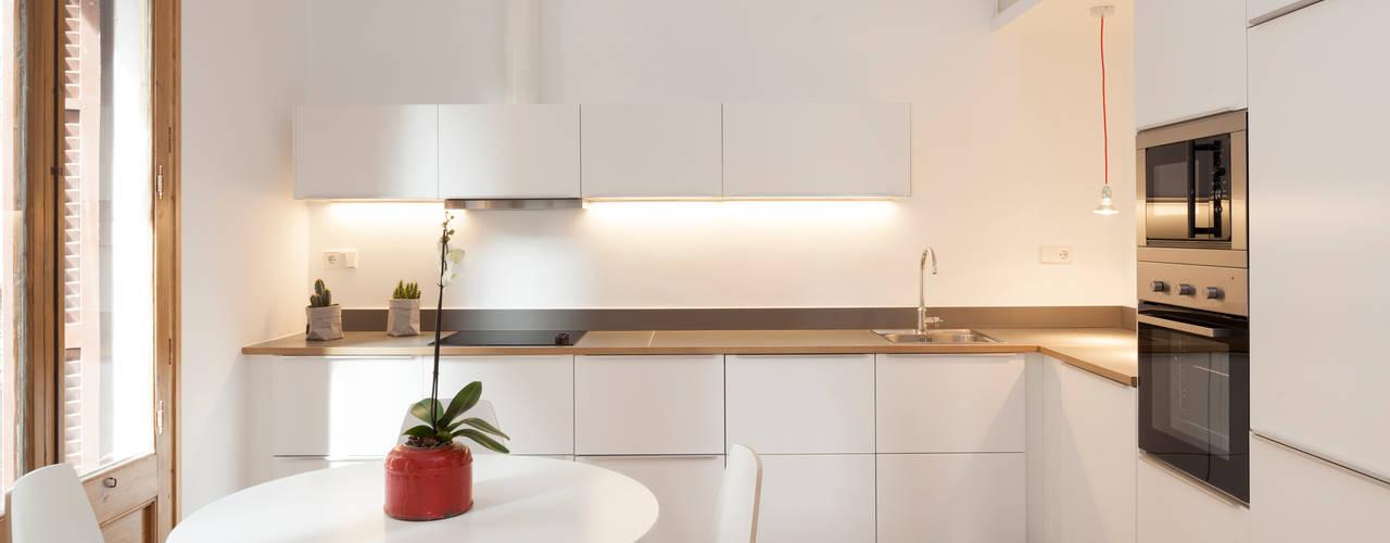 Cómo limpiar muebles de cocina amarillentos