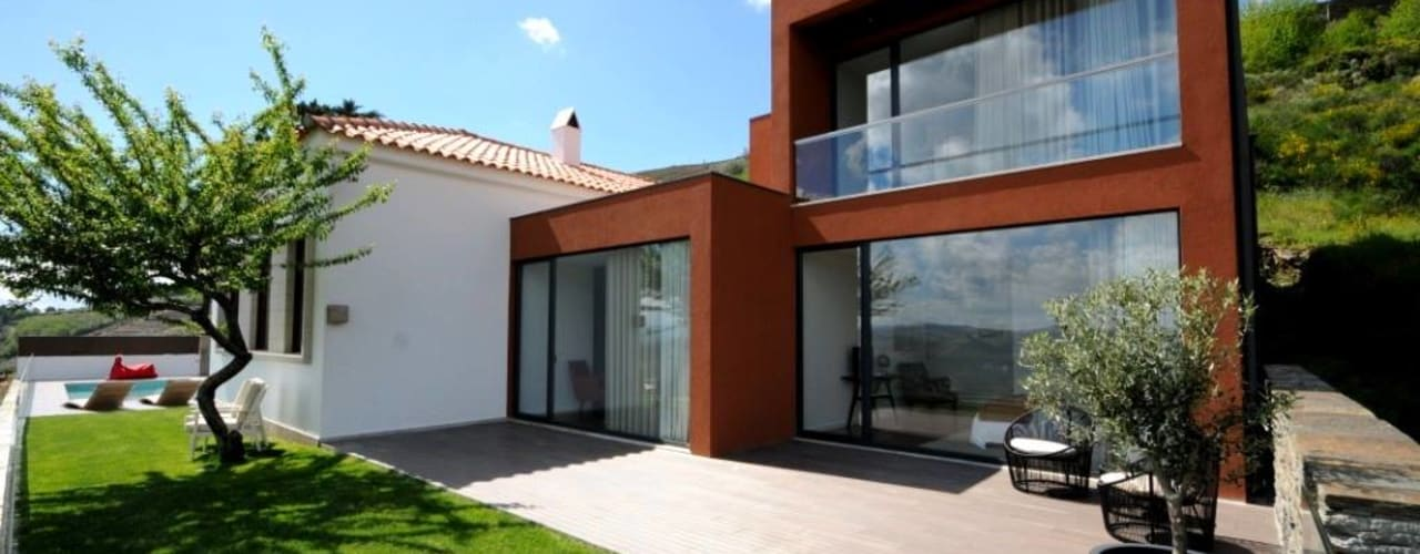 LUGAR DAS LETRAS Casas minimalistas por MH PROJECT Minimalista
