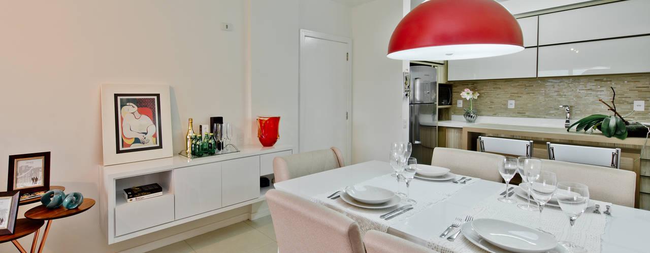 Mendonça Pinheiro Interiores:  tarz Yemek Odası