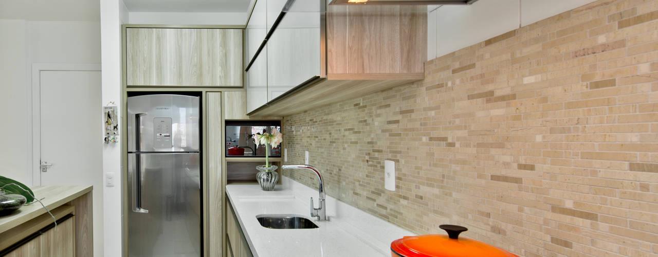 Cozinha: Cozinhas modernas por Mendonça Pinheiro Interiores
