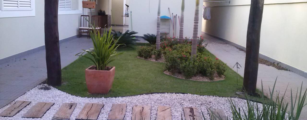 Jardines de estilo tropical de Borges Arquitetura & Paisagismo Tropical